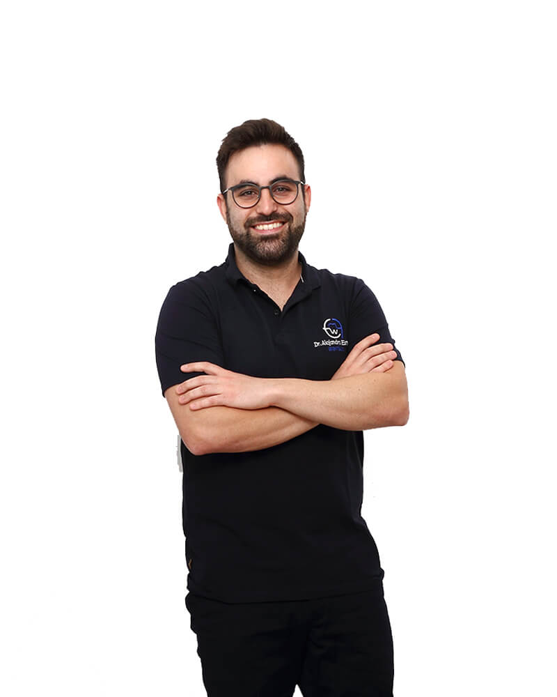 Dr-Alejandro-Estrada