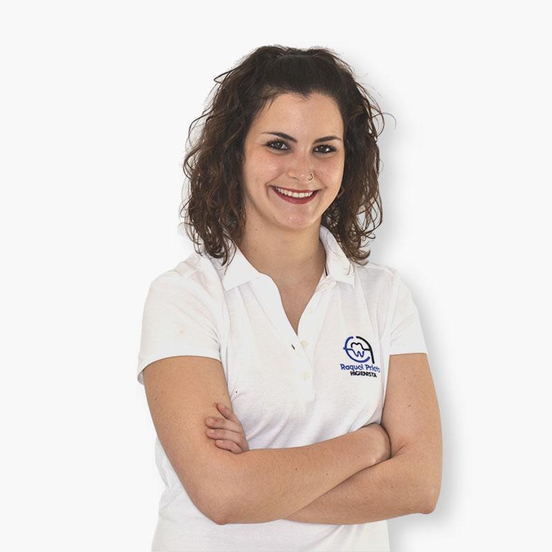 Raquel Prieto Higienista Bucodental Clinica-dental-Reyes-de-Navarra